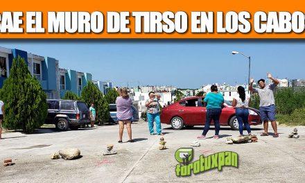 CAE EL MURO DE TIRSO EN LOS CABOS