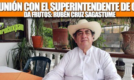 REUNIÓN CON EL SUPERINTENDENTE DE CFE DA FRUTOS: RUBÉN CRUZ SAGASTUME