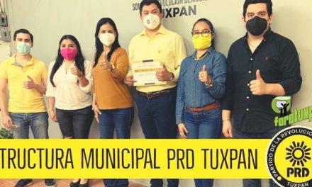 Toma Protesta en Tuxpan Presidente del PRD Municipal