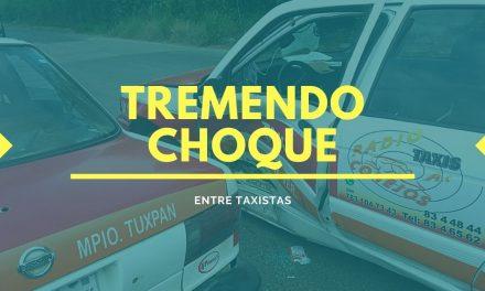 TREMENDO CHOQUE ENTRE DOS TAXIS
