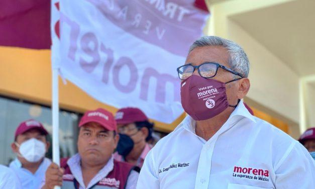 TRIUNFA GENARO IBÁÑEZ EN EL DEBATE DEL OPLE
